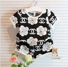 2015 children clothing  baby wear girls sweet rose short sleeve t-shirt +short = sets  kids casual flower suits