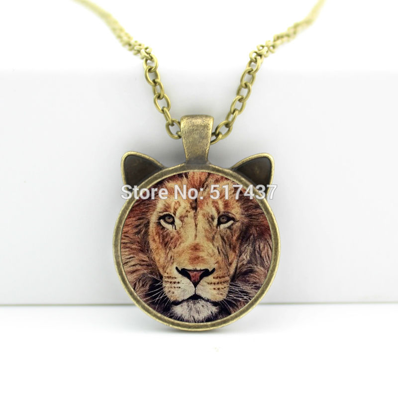 2016 New Lion Necklace Lion Pendant Animal Jewelry Glass Cabochon Necklace Pendant N-00611(China (Mainland))