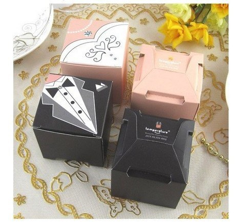 Wholesale 100pcs wedding favors candy gifts box square for Wedding dress shipping box