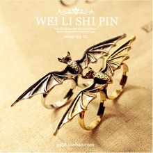 LZ Jewelry Hut R111 R112 The 2016 New Fashion Punk Bat Adjustable Zinc Alloy Rings For Women