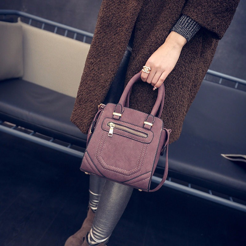 Retro Chic Small Square Hand Bag Women Stylish Classy Shoulder Bag Fashionable Simple Ladies PU Leather Crossbody Bag