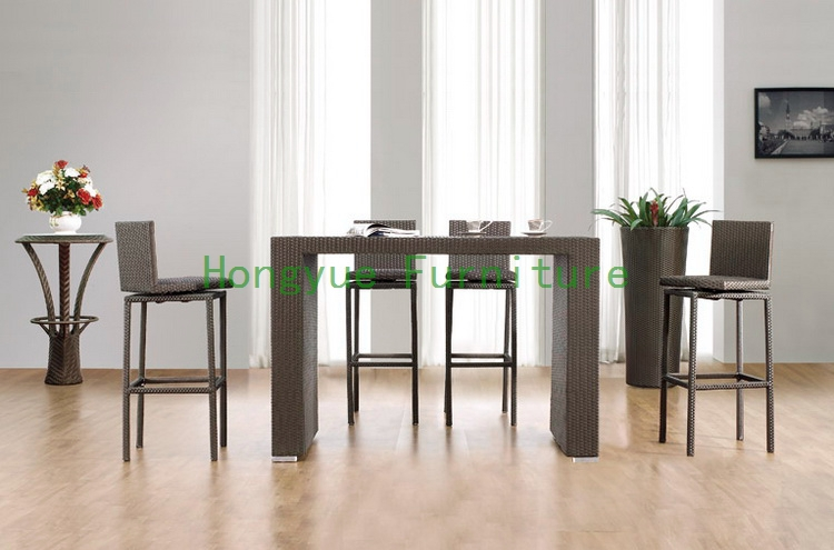 Modern Bar Tables And Chairs : Modern-brown-wicker-bar-furniture-bar-table-and-chair-rattan-furniture ...