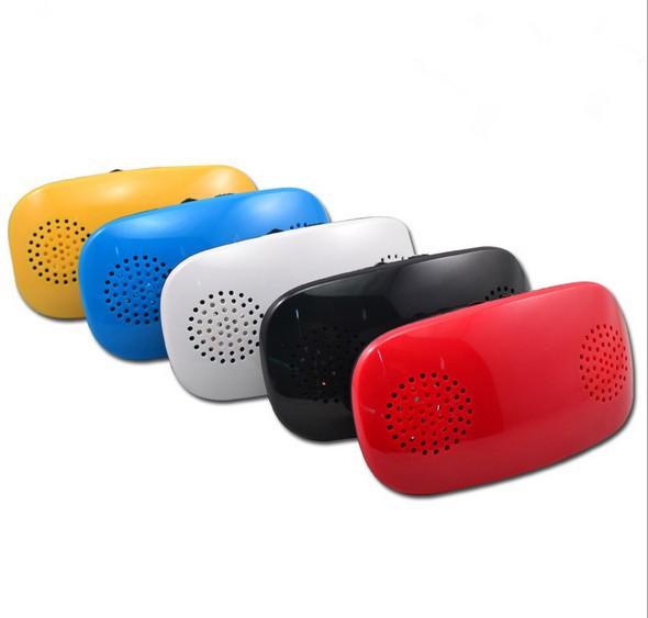 Free Shipping!White Color T11 SD Mini Portable Digital Speaker,FM,MP3 Player(China (Mainland))
