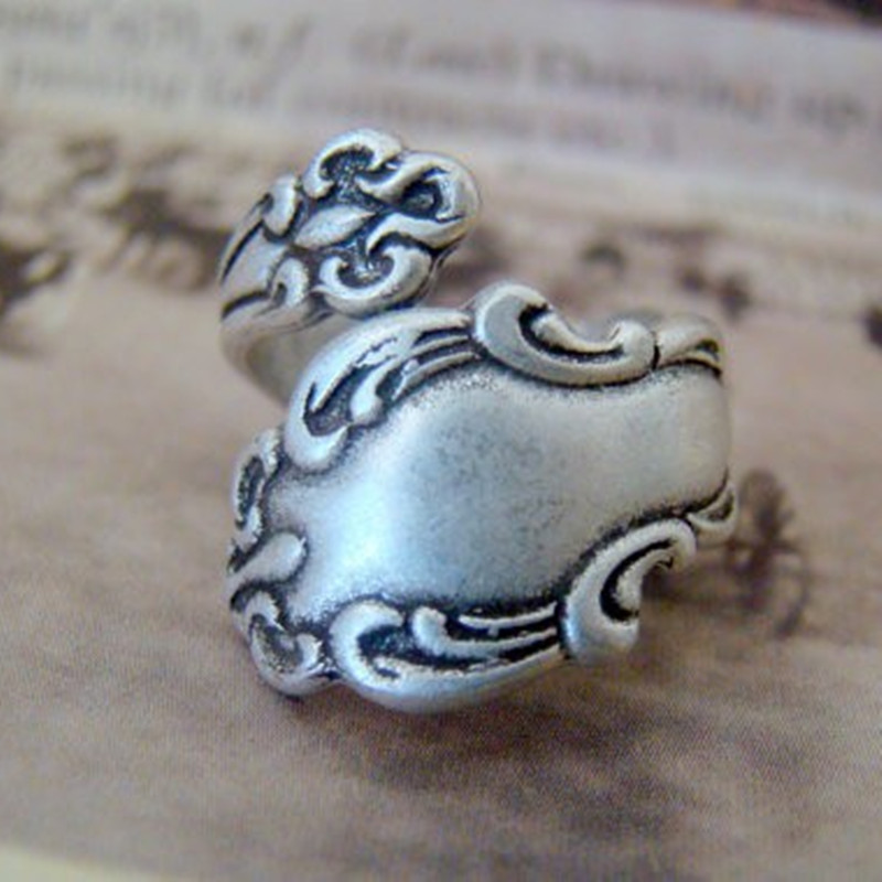 Retail Antiqued Silver antiqued brass Spoon Ring Adjustable Spoon Ring Thumb Ring Vintage Style Spoon RingFree Shipping(China (Mainland))