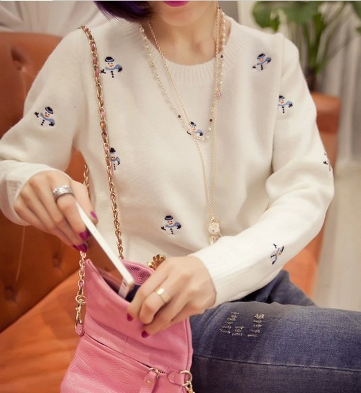 2015 new Korean Women explosion models snowman embroidered flowers sweet pleasant hedging sweater women(China (Mainland))