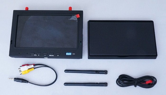 Skyzone RC702 Sky-702 5.8G 7 Inch AIO Diversity Receiver FPV LCD Monitor 4 Bands and total 32 Channels with sunshade Hood 5.8Ghz(China (Mainland))