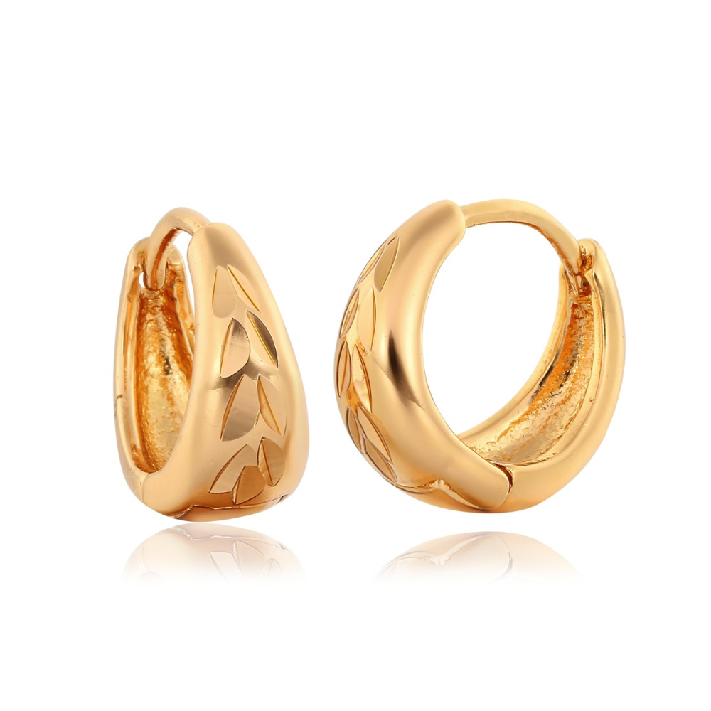 Yellow Gold Color Round Circle Carved Leaf Pattern Huggies Small Hoop Earrings For Women Girls Jewelry Bijoux Gifts Aros Aretes(China (Mainland))