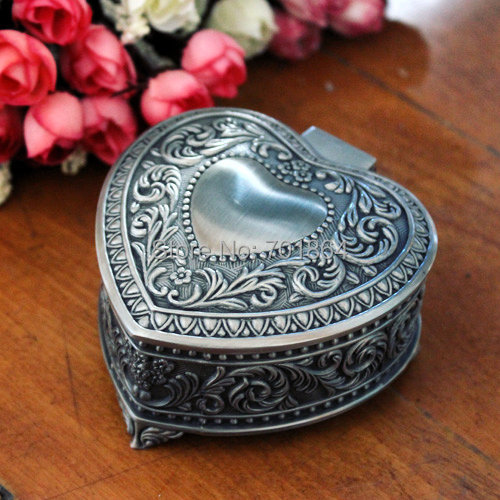 Free Shipping - Fashion Metal Box Vintage Trinkets Cases Heart Design Jewelry Packaging Display(China (Mainland))