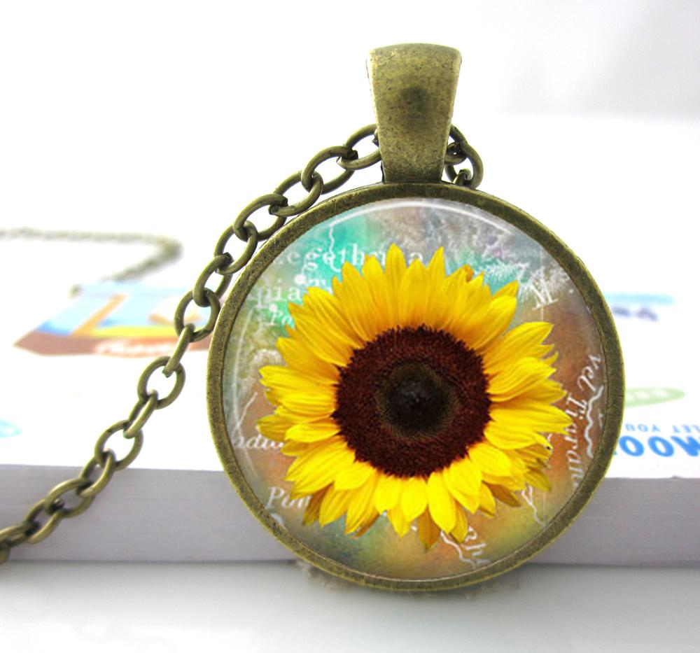 1 pc free shipping Whosale Sunflower necklace Yellow Sunflower pendant sunflower charm jewelry spring jewelry yellow flower(China (Mainland))