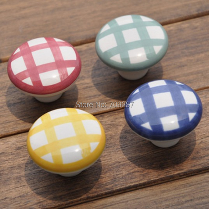 2pcs Ceramic Hand Drawing Four Kinds Color Cabinet Cupboard Drawer Knob Handle Lovely Kid Bedroom Furniture Knobs Shoe Box Pull(China (Mainland))