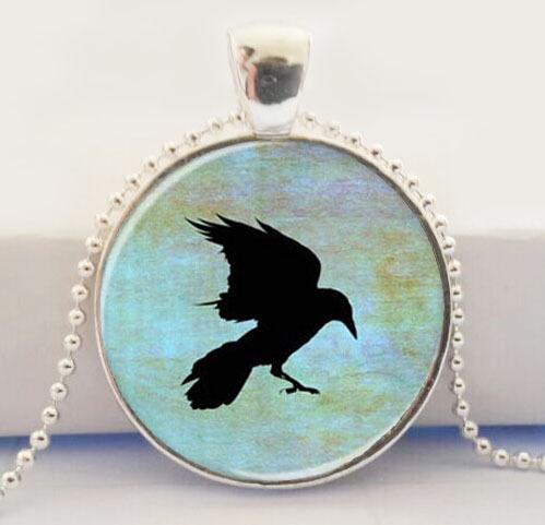 Crow Necklace Crow Pendant,Crow Jewelry,Bird Jewelry Glass Silver Plated Pendant(China (Mainland))