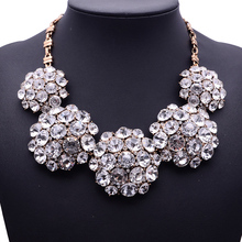 2015 New Fashion XG116 High Quality Ultra-luxury Necklaces & Pendants Pure White Crystal Statement Necklace Crystal Flower Jewel