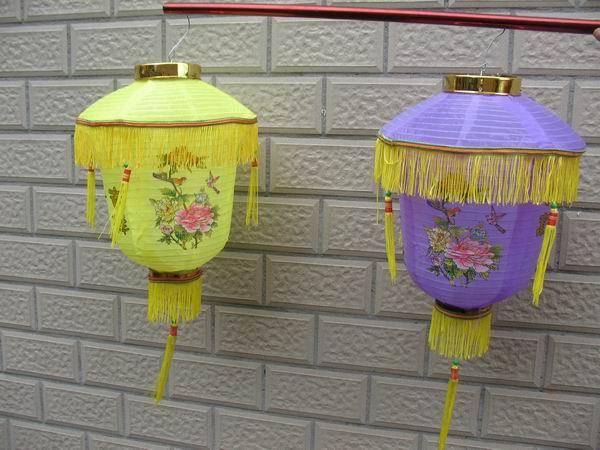 Lanterns steel wire lamp lantern light silks and satins cloth paper lantern fabric lamp lantern(China (Mainland))