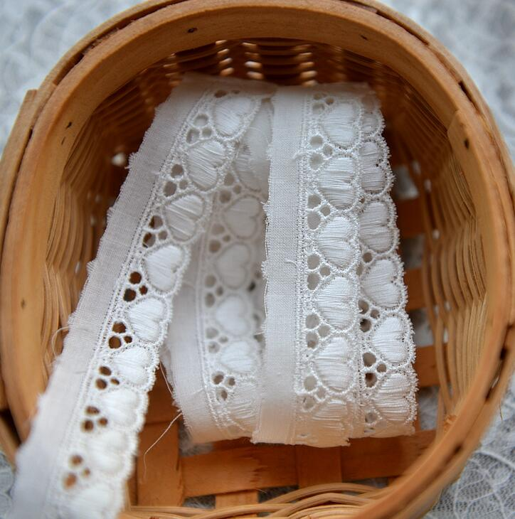 Beautiful Design 5 Meters 20mm Width White Lace Clothing Heart Pattern 100% Cotton Lace Trim DIY Accessories Wedding Decoration(China (Mainland))