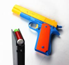 1 шт. классический m1911 игрушки маузер пистолет детские игрушечные пистолеты мягкой пуля пистолет пластиковые револьвер дети Fun игры на улице шутер безопасности