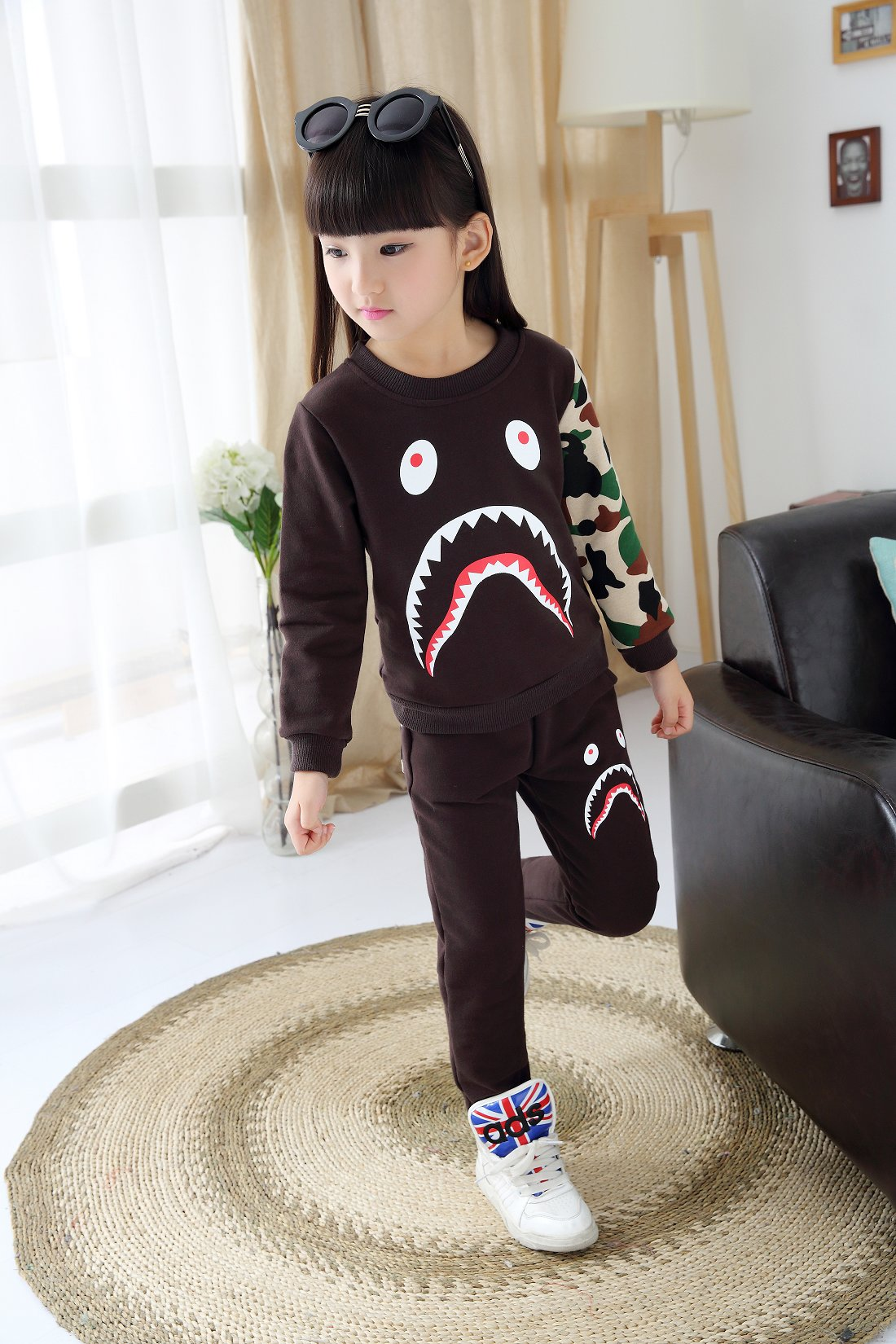 Free shipping Kids Boys Autumn Sweater Suit The New Baby Boys And Girls Spring Clothes Fashion Leisure Two Piece60(China (Mainland))