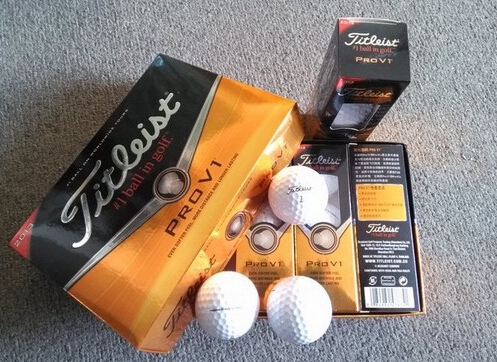 Free Shipping Best Selling!12 in a box V 1 x upscale golf sponge golf balls Soft golf balls(China (Mainland))