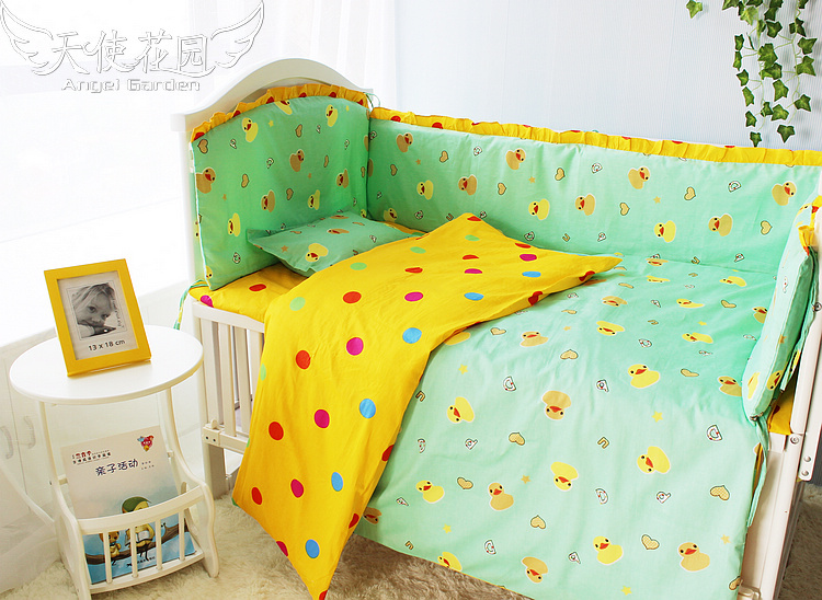Yellow/Green Soft kid Cute Duck Baby Bed Accessories Good Quality Cheap Price Baby Crib Bedding Cotton Set Baby Bedding Set(China (Mainland))