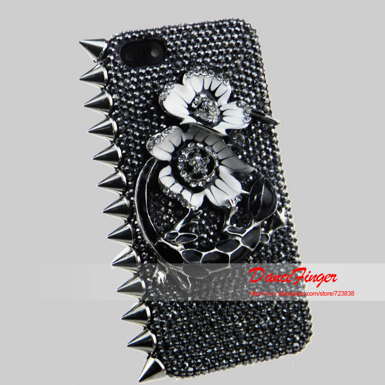 Free Shipping 3D Bling Crystal The Cool Theme Fashion Diamond Gecco Case For Iphone 4 4S 5 5S 5C(China (Mainland))