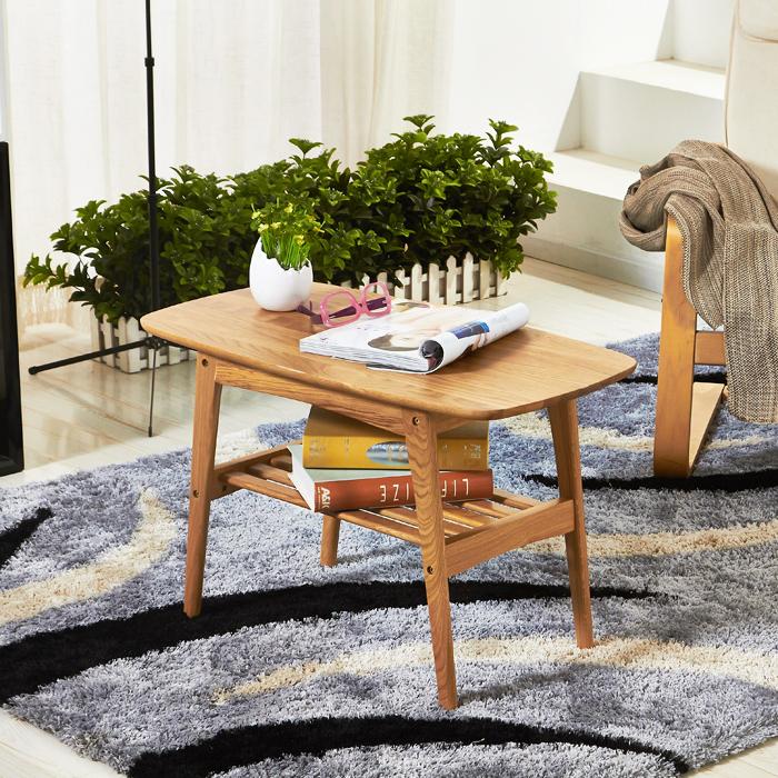 Dank diesem japanischen Tisch im Boden wird der Raum multifunktional