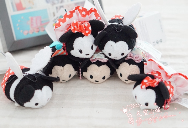 2016 New arrival Christmas Gift Tsum tsum Plush Toy Screen Cleaner for Phone Tsum Mickey Minnie Donald Daisy ,Kids Tsum Easter(China (Mainland))