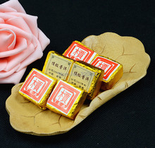 Wholesale Yunnan Pu'er tea cooked tea tree top collection 2003 Mini Tuo small cake cubes Oscars