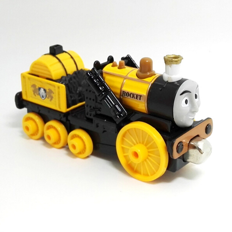 New version Diecast Magnetic THOMAS and friend ROCKET STEPHEN The Tank Engine take along train metal children kids toy gift(China (Mainland))