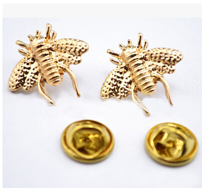 2015 wedding Brooches For bride Gold plated Lapel Pins Cute Little Bee Shirt Collar Brooch Christmas Broches Accessories Bijoux(China (Mainland))