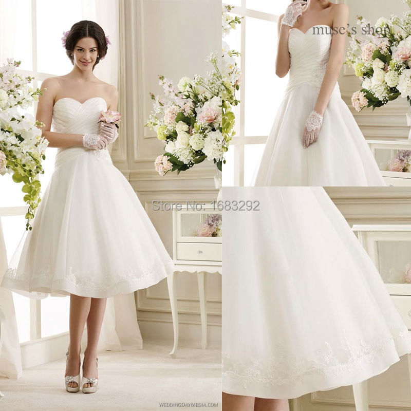 Modern a line sweetheart neckline appliques knee length for Aline wedding dress sweetheart neckline