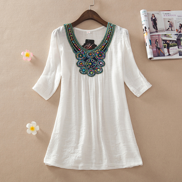 Explosion models promotional sleeve women's summer 2015 new folk style blouses embroidered linen dress code in large(China (Mainland))