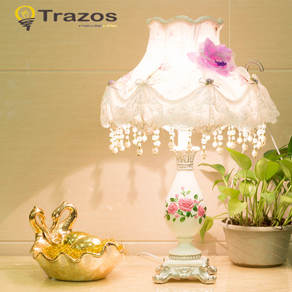 Фотография Free shipping home decoration fashion Creative table lamp bedroom bedside lamp table lamp children