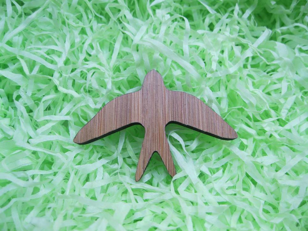Bamboo wood Classic Vintage deisng jewelry pendant flying swallow size 57mm x 41mm wooden brooches pin Mix Buying Accept(China (Mainland))