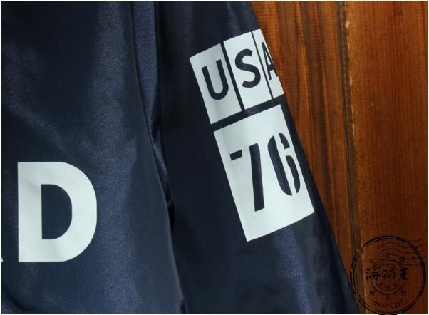 Скидки на Бесплатная доставка!!! 2016 Популярные логотип хлопка-проложенный одежды мужской знак пилота мода мультфильм печати куртка человек пальто/M-XL