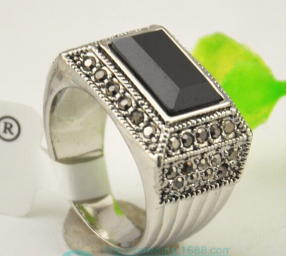 Name Brand Jewelry High Quality Vintage Men Jewelry Crystal Men Ring With Black Resin(China (Mainland))