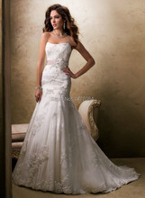 Traditional Mermaid Bridal Gowns Luxurious Fabrications Beautiful Lace Wedding Dresses 2015 New Arrival(China (Mainland))