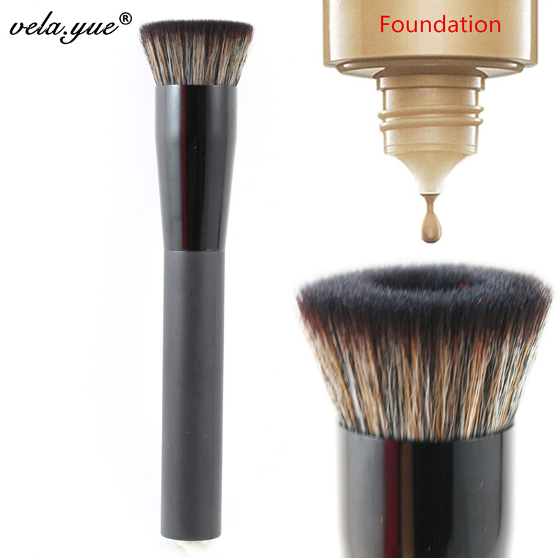 vela.yue Large Flat Perfecting Face Brush Premium Foundation Makeup Brush(Hong Kong)