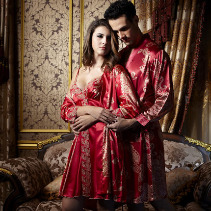 imitation silk robe sets for couple lover V Neck three quarter sleeve two sets men women sleepwear fashion nightgown(China (Mainland))