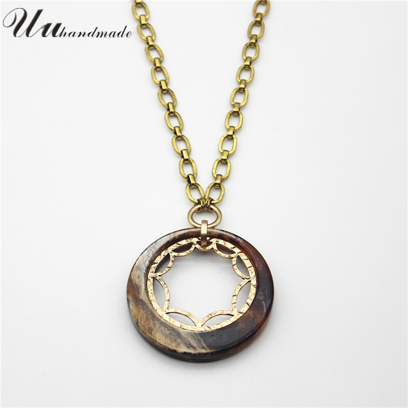 Anime Necklaces Pendants Fashion Necklaces Chain Acrylic round Pendent Women Statement Simple Necklace In Pendant Nacklaces For