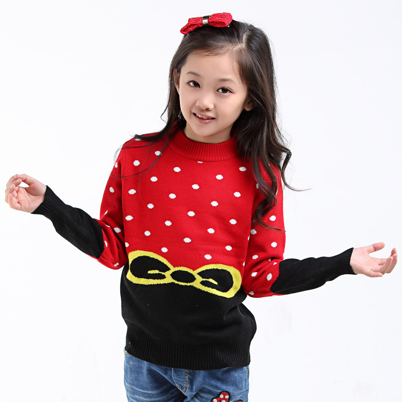 Our collection of cute, comfy sweaters for girls includes everything from wear–anywhere cashmere cardigans (in eye–popping colors like neon orchid and bold lime, as well as goes–with–everything shades like black and snow white) to fun popovers decorated with cherries, flamingos and flowers.