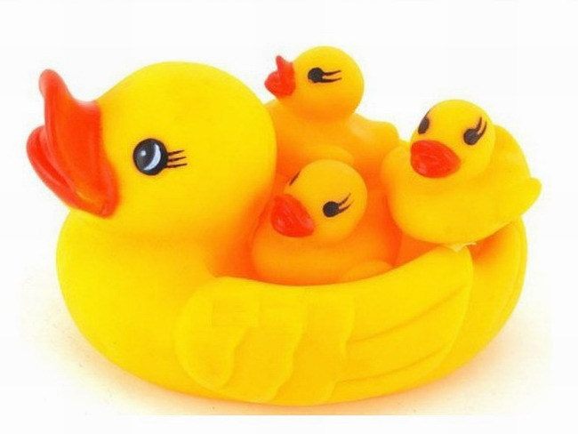 Free Shipping Rubber Squeaky Yellow Duck Shower Bath Floating Baby Kids Toy(China (Mainland))
