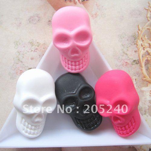 cute flat back resin skull beads for diy brooch aeccsorry 20pcs mixed(China (Mainland))