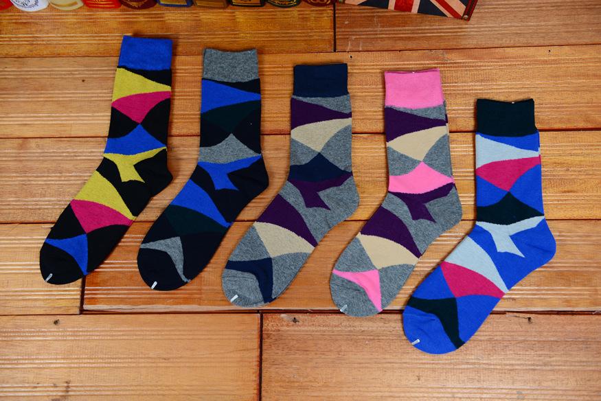 new design high quality cotton autumn winter creative tide geometrical pattern skateboard fashion men brand happy long socks(China (Mainland))