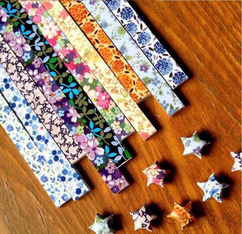 (450 pcs/lot)New Flower Pattern Paper Stars Lucky Star Origami Materials 10 colors(China (Mainland))