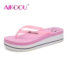 Inexpensive 2016 Summer New Fashion Simplicity Platform Flip flops Women Casual Beach Sandals Flip flops Shoes Aikoou 815
