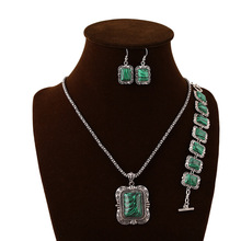 Fashion National Wind Restoring Ancient Ways Is The Oval Natural Semi-Precious Stones Malachite Necklace Set(China (Mainland))