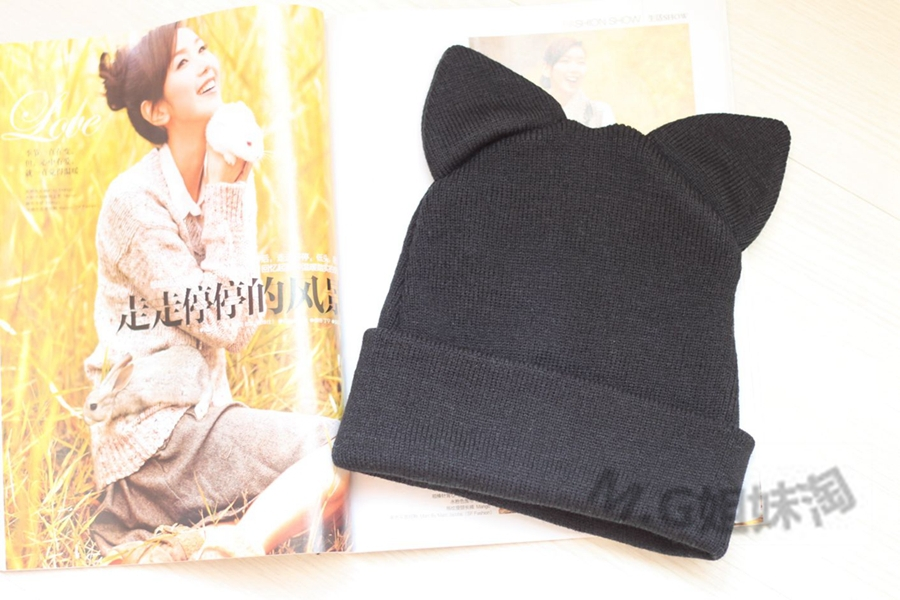 2014 WINTER NEW STYLE WOMEN'S & MEN'S KNIT HAT CAT EAR HAT free shipping(China (Mainland))