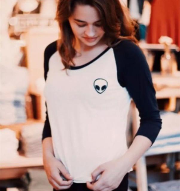 Новый 2015 Зима Осень Женщины Повседневная футболка С Длинным Рукавом о-образным вырезом Черепа Чужой Печати Футболки Лоскутное Ти Топ Мода Основной Blusas
