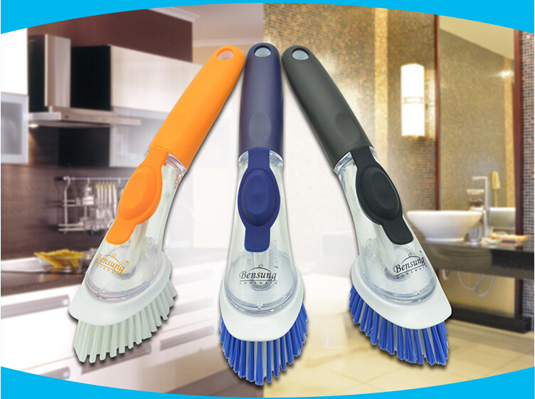 FREE SHIPPING Bristles non-stick oil of automatic hydraulic cleaning pot brush decontamination cleaning up the kitchen(China (Mainland))