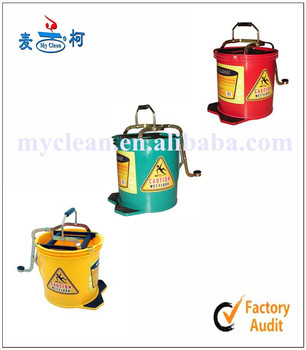 360 spin plastic mop bucket  with foot control wringer