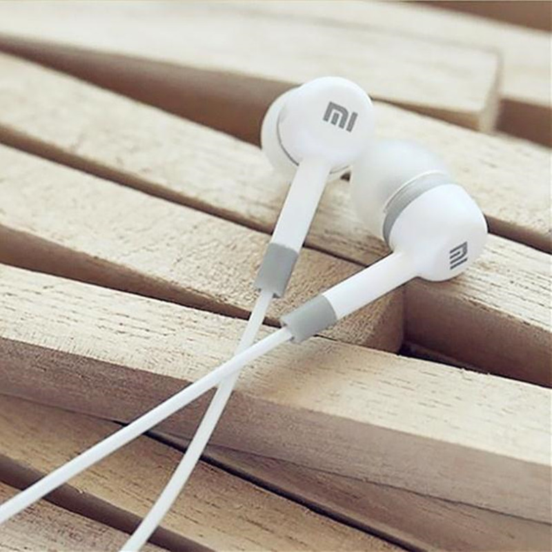 NEW Earphone For XiaoMI M2 M1 1S Samsung iPhone MP3 MP4 With Remote And MIC(China (Mainland))